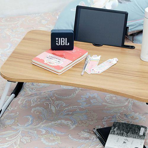 Opklapbare bedtafel met tablethouder