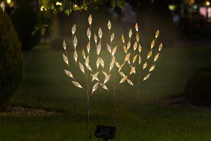 3 arbres à LED solaires