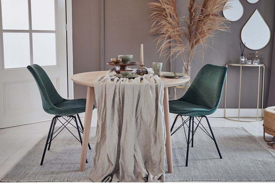 2 groene velvet kuipstoelen van Lifa Living