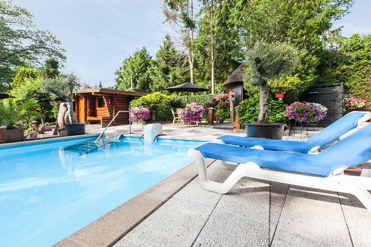 sauna de veluwe lunteren ontspanning bij sauna de veluwe in lunteren 2 personen. Black Bedroom Furniture Sets. Home Design Ideas