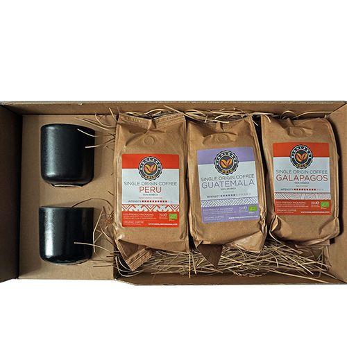 3 bijzondere koffies +2 kopjes