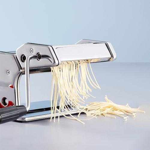 Pastamachine van Day