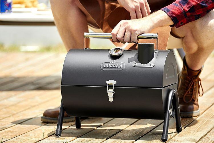 Draagbare BBQ smoker van Buccan (Tilpa Portable Barrel)