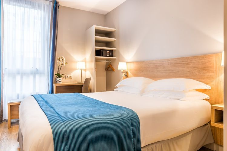 Paris dissy hotel porte de versailles 2 nachten in een charmehotel bij parijs 2 p - Massage porte de versailles ...