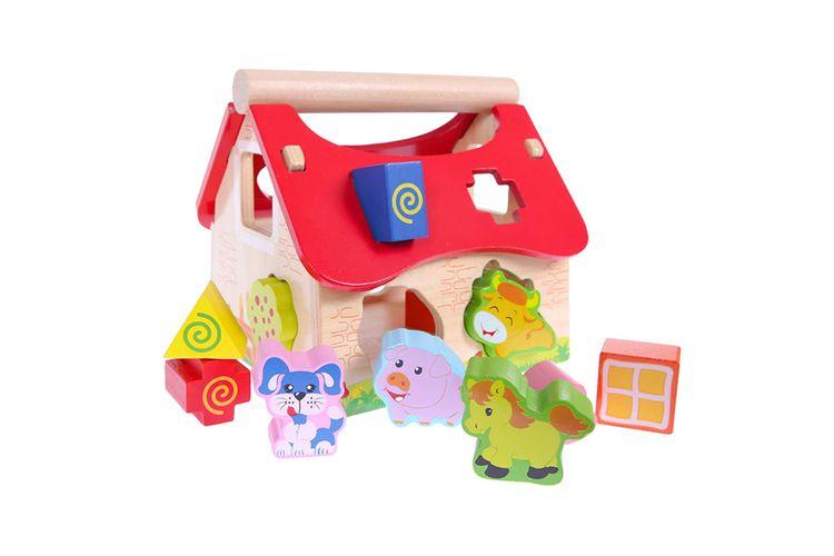 Houten speelgoedboerderij met sorteerbox