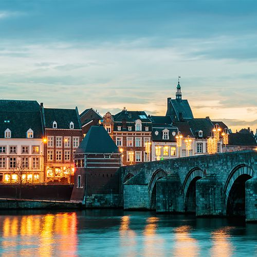 Overnachting in 4* Mystery Hotel in Maastricht