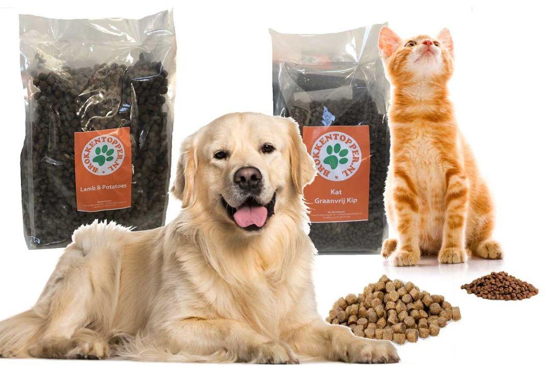 40 procent korting op Premium Plus plus Honden of kattenvoer