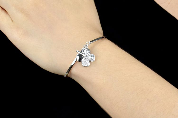 Armband met klavertje vier (model: Julietta)