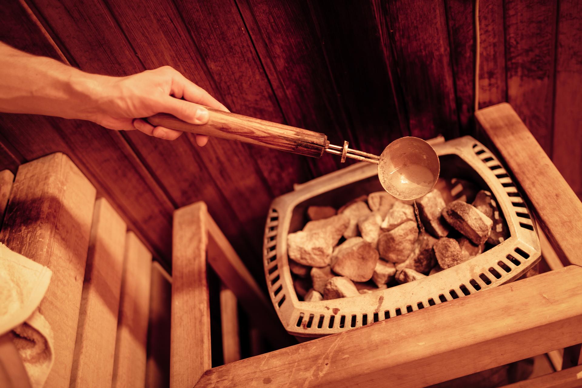 Finse sauna opgieten