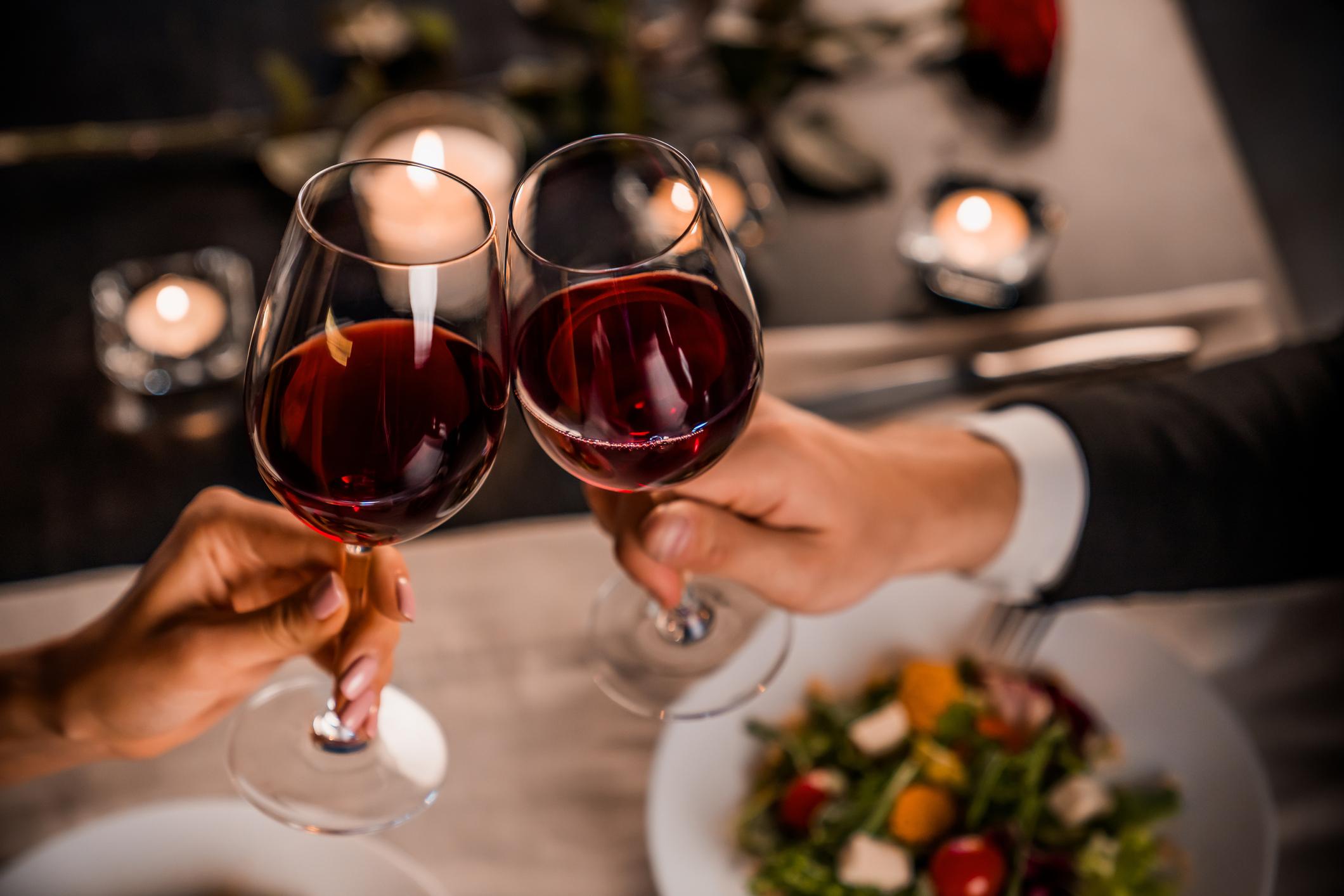 Valentijn VakantieVeilingen wijn tips cadeaus