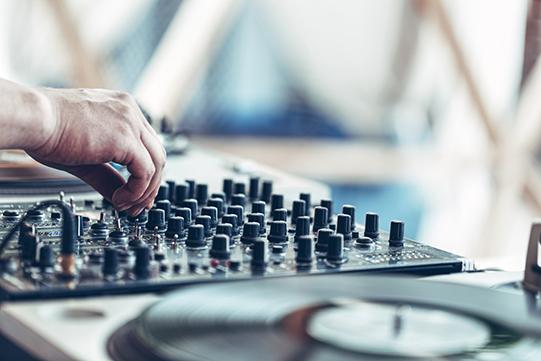 Workshop-DJ-leren-VakantieVeilingen