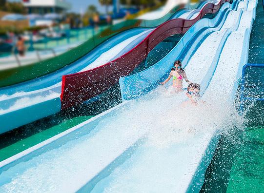 speeltuin-waterglijbaan-zwembad-VakantieVeilingen