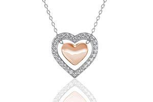 Ketting met hartvormige hanger van Yolora