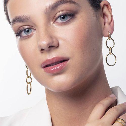 Goudkleurige oorhangers van Di Lusso