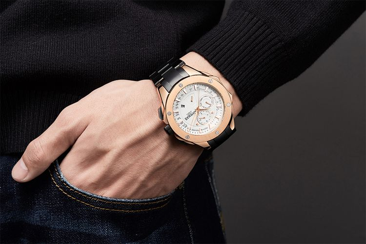 Hand Assbled Sports Calender Automatic Rose van GAMAGES